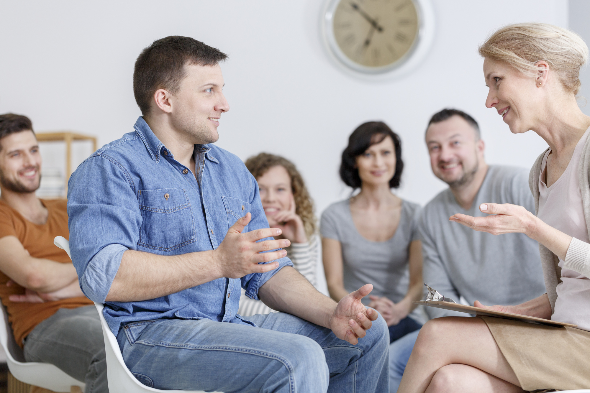 What Can You Expect from Alcohol Intervention Services?